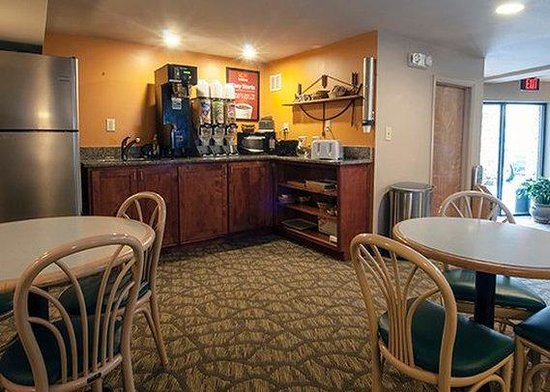 Econo Lodge Cherokee: Restaurant