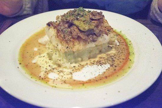 Franklin Cafe Cape Ann : Cod main dish