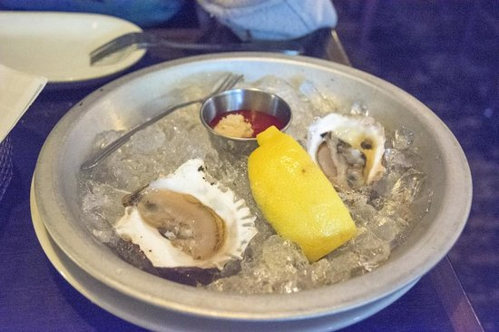 Franklin Cafe Cape Ann : Oysters