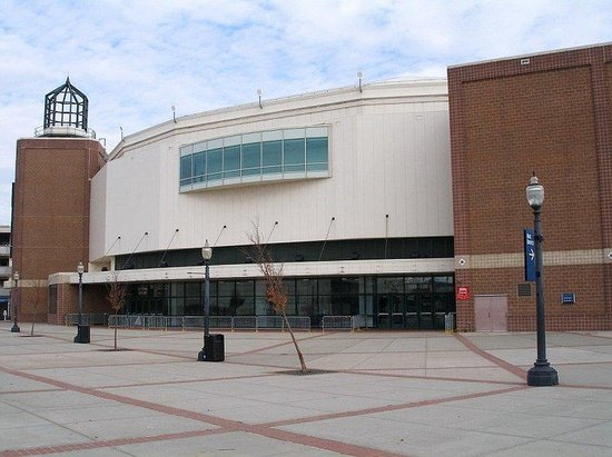 Holiday Inn Bridgeport: Webster Bank Arena at Harbor Yard