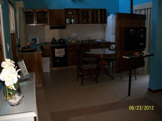 Iguazu Jungle Lodge: comedor y cocina