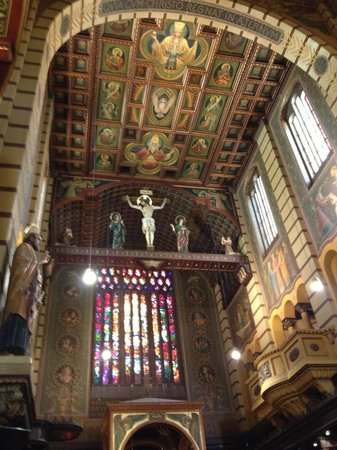 Mosteiro De Sao Bento: Interior da igreja