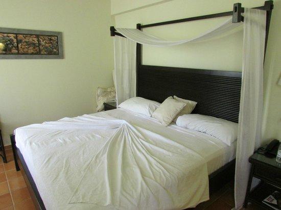Catalonia Bavaro Beach, Casino & Golf Resort: Room
