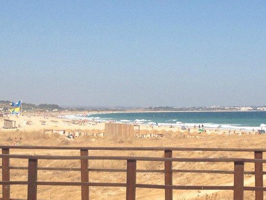 Meia Praia: Beach from town end