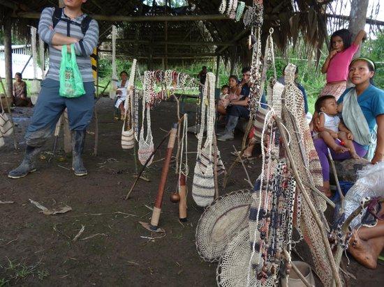 Huaorani Ecolodge: the Huaoranis offering their crafts (the shikras)