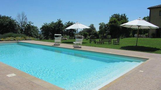 Agriturismo  Podere PratoVecchio: piscina