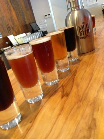 Kauai Beer Company : Beautiful Beer Flight!