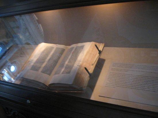 Library of Congress: Gutenberg Bible