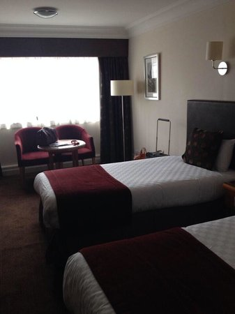 The Glasgow City Hotel: Twin room