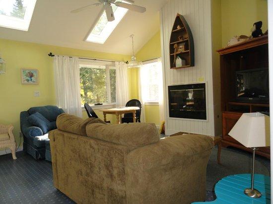 New Buffalo Inn & Spa: Snug Harbor Room