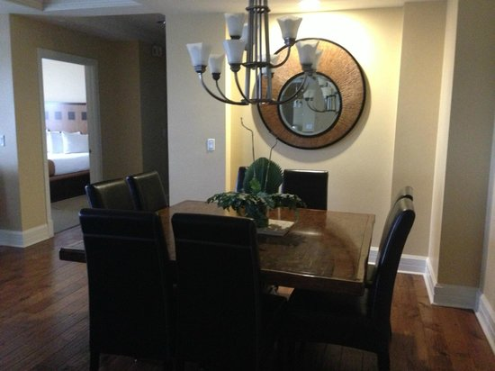 Bluegreen Fountains Resort: Dining Table