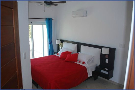 Bahia Residence Cabarete: Bedroom with King size bed or two twin beds in our 75m2 Penthouse