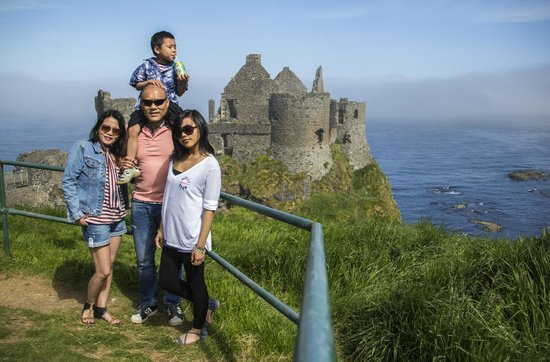 Dunluce Castle: Just outside the gate