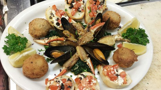 Marcello's Italian Restaurant & Bar on the Piazza: Chef's feature appetizer
