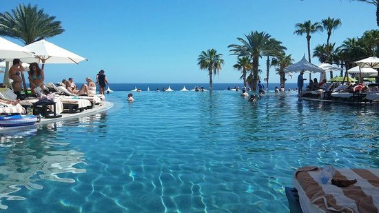 "Hilton Los Cabos Beach & Golf Resort: ""Infinity pool"""