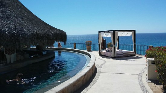 Hilton Los Cabos Beach & Golf Resort: Swim up bar.