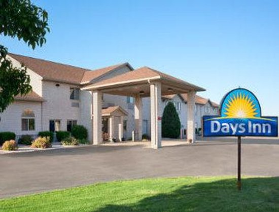 Photo of Days Inn Racine/Sturtevant