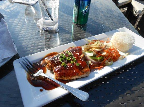 Sur Club Sushi Bar : Salmon Teriyaki