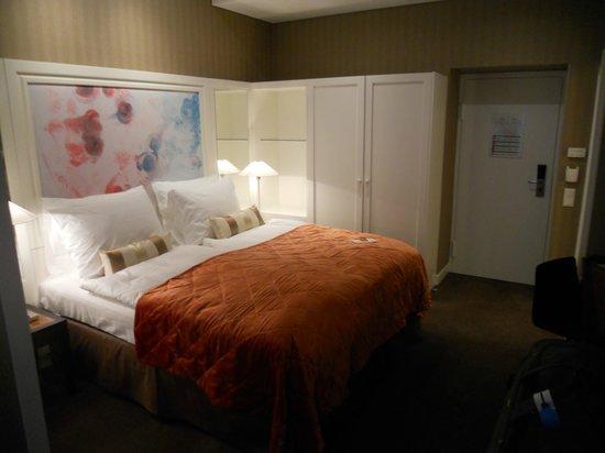 The Harmonie Vienna: bed