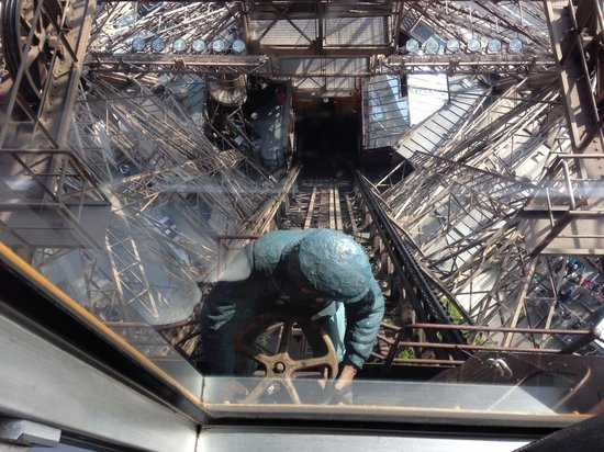 Fat Tire Tours Paris: 'Maurice' the Lift Driver