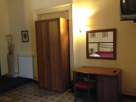 Hotel Etnea 316: Room