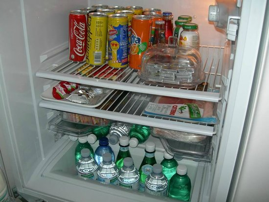 St Peter Guest House: Fully stocked fridge
