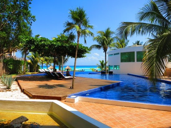 Le Reve Hotel & Spa : Le Reve Infinity pool