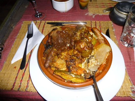 Riad Mariana: couscous de fatima