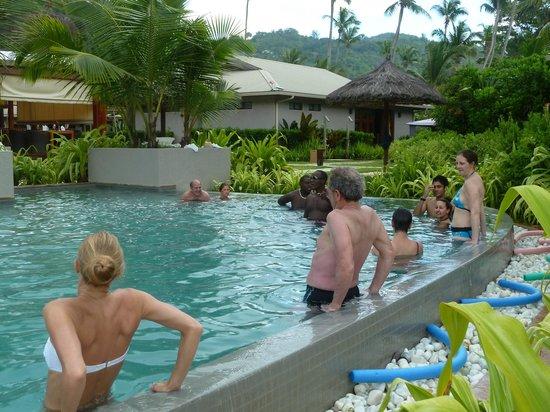 Kempinski Seychelles Resort : Pool Wassergymnastik