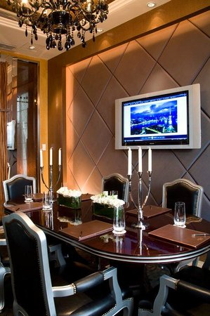 Pudi Boutique Hotel: Meeting Room