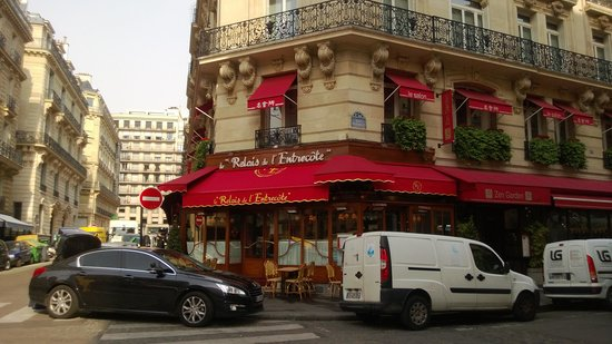 Le Relais de l'Entrecote: Restaurante na Rue Marbeuf