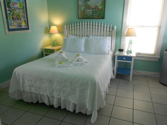 The Conch House Heritage Inn: The Marquesa room is clean, neat, quiet and wonderful!
