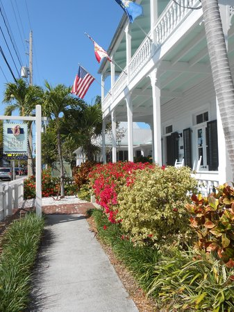 Lovely flowers and landscaping define the Conch House Heritage Inn.