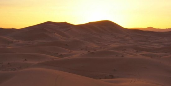 Dunes Line Day Tours : Sunset over the dunes