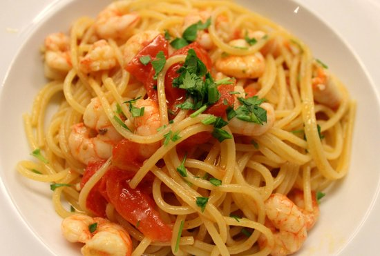 Verginiello: Pasta with prawns