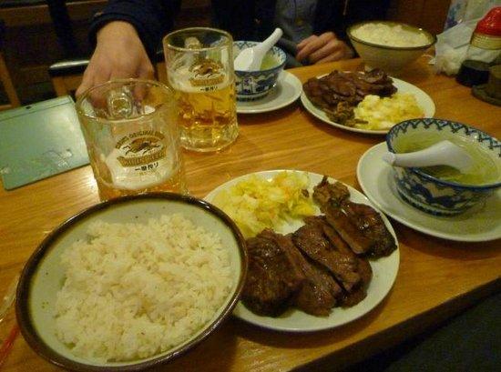 Kisuke Ace Building : 牛たん ランチとビール