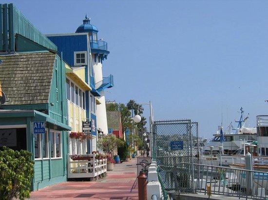 Fisherman's Village: Boardwalk along the docks