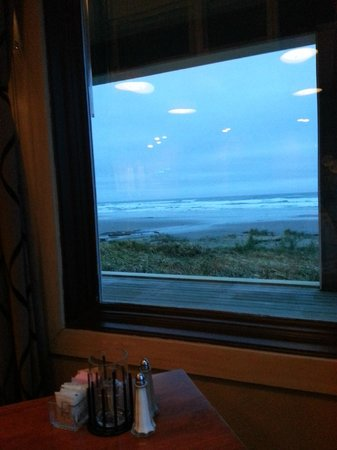 The Surfside Restaurant and Lounge : Senic View