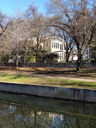 Noble Inns - The Oge House, Inn on the Riverwalk : Back yard from the other side of the Riverwalk