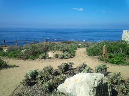 The Point Vicente Interpretive Center: Great views, well kept grounds