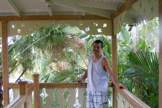 Country Country Beach Cottages: Private balcony