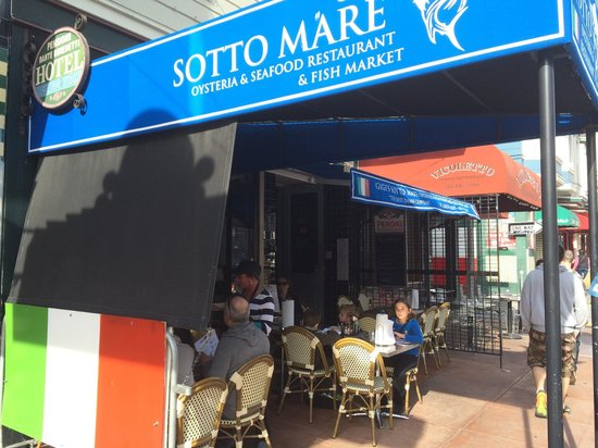 Sotto Mare Oysteria & Seafood: Outside View