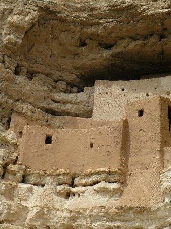 Montezuma Castle National Monument: View of the castle
