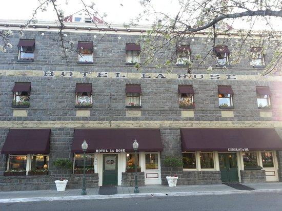 Hotel La Rose: Exterior