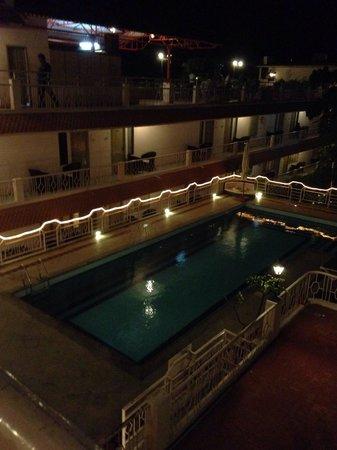 Hotel Mamalla Heritage : Hotel de nuit