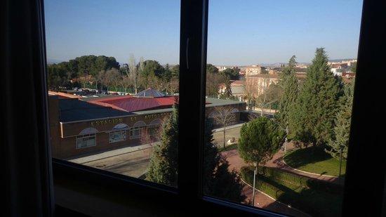 AC Hotel Guadalajara: Estación de autobuses vista desde la habitación