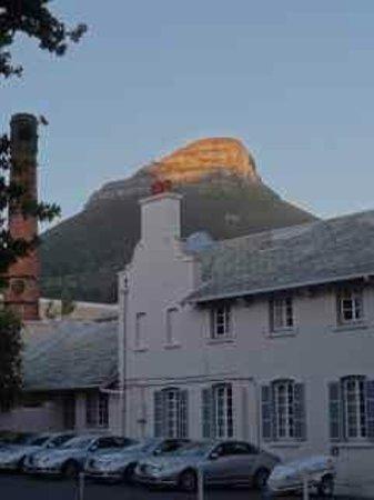 Belmond Mount Nelson Hotel : Dawn breaking at the Mount Nelson Hotel!