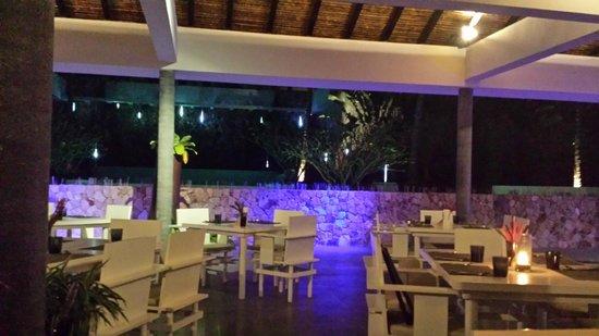 Infinity Residences & Resort Koh Samui : Restaurant