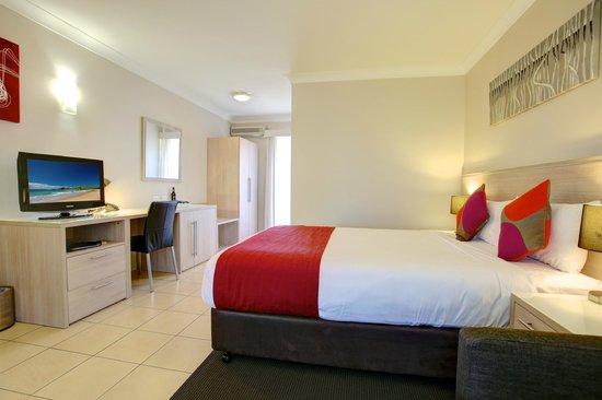 Quality Inn City Centre : Standard Hotel Room
