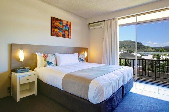Quality Inn City Centre : King Spa Room